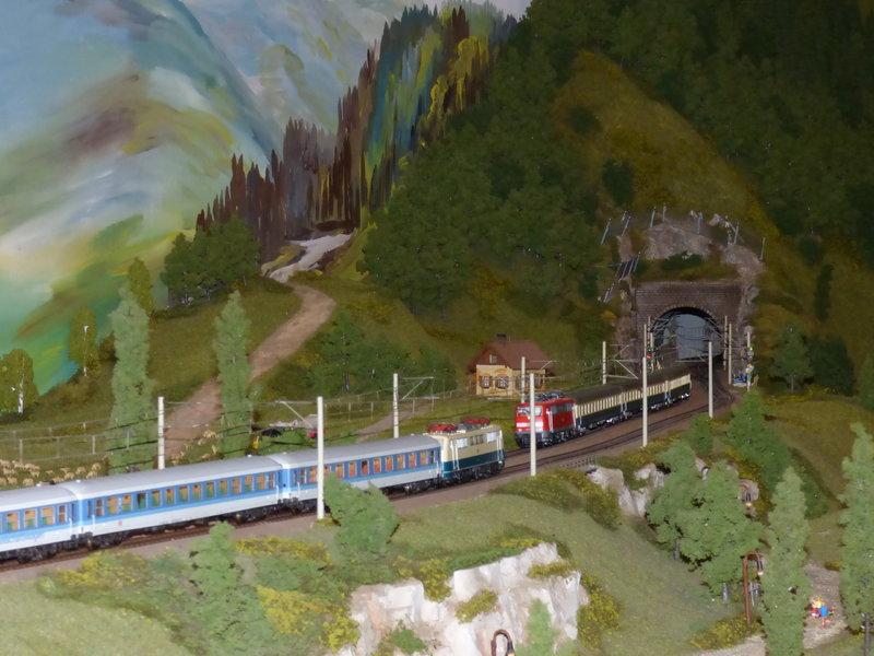 Besuch bei der Schwarzwaldmodellbahn Hausach 29148336ly