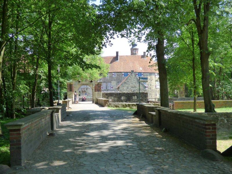 Rundgang um Burg Vischering in Lüdinghausen 29499991os