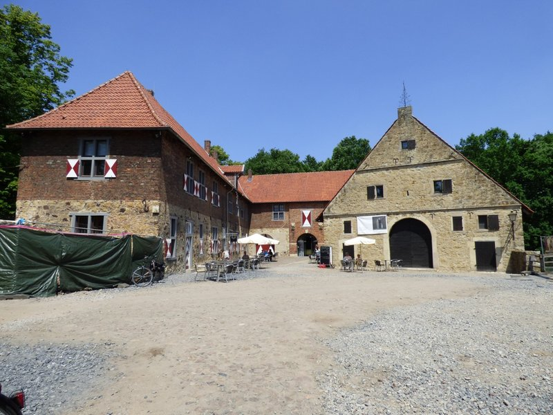 Rundgang um Burg Vischering in Lüdinghausen 29500022xk