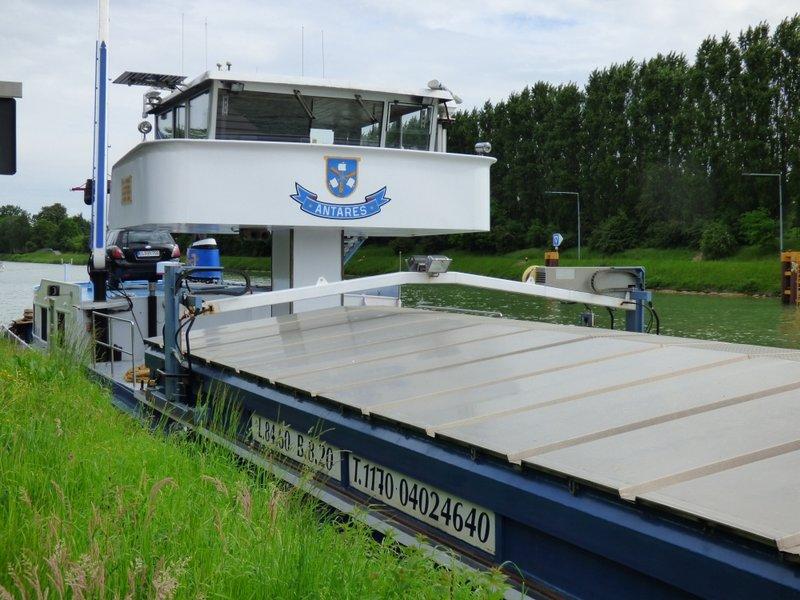 Binnenschiff BARGE / Schreiber 1:100 als RC-Modell - Seite 4 29592074pq