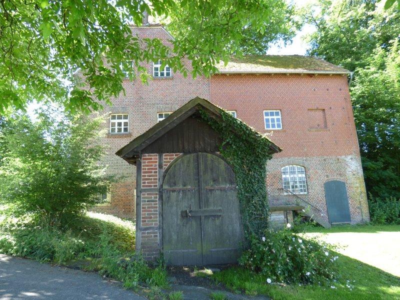 Wasserschloß Darfeld und seine Wassermühle 29679099ql