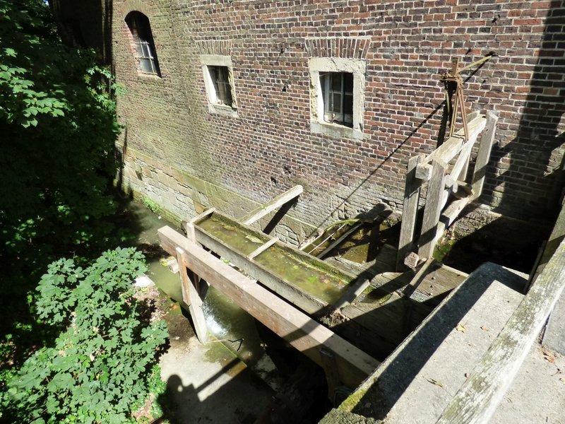 Wasserschloß Darfeld und seine Wassermühle 29679103jq