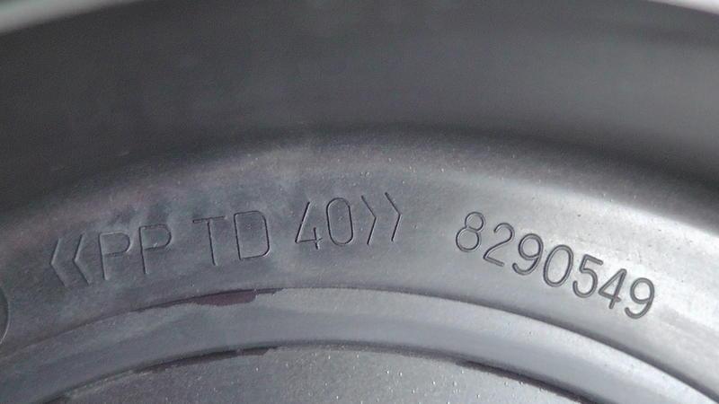 29787506gq.jpg