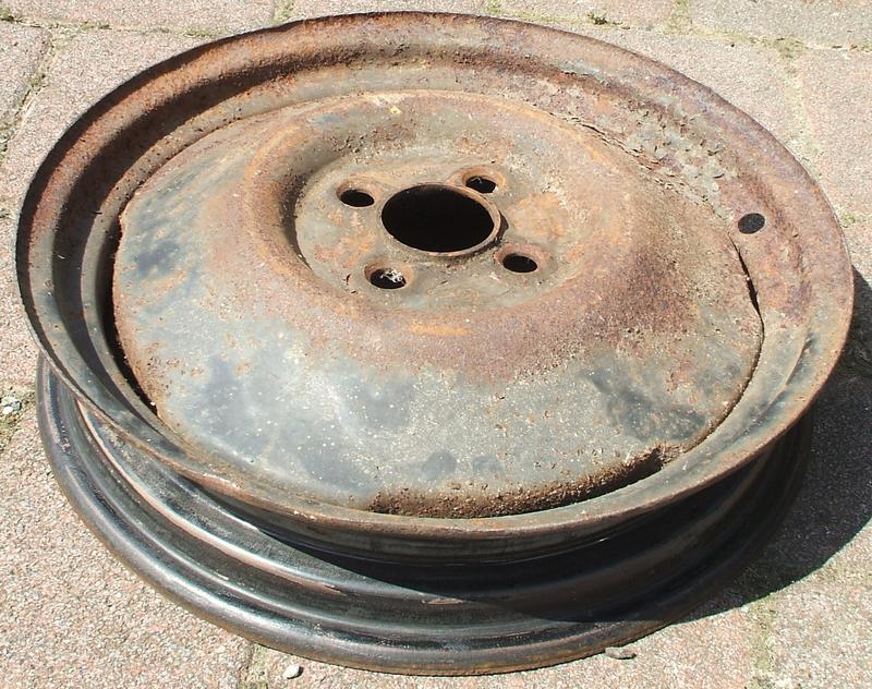 ERLEDIGT Reifen/Felgen 4.50/3.00Dx16 29919630xk