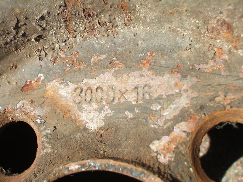 ERLEDIGT Reifen/Felgen 4.50/3.00Dx16 29919641ch