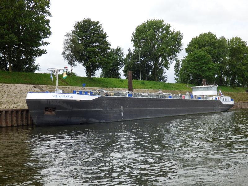 leichtern eines tankschiffes