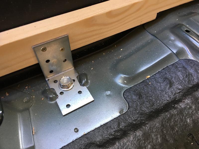 aaarghs kofferraumausbau. Black Bedroom Furniture Sets. Home Design Ideas