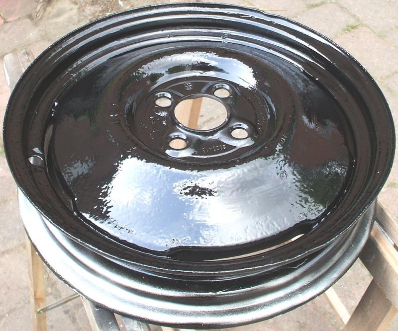 ERLEDIGT Reifen/Felgen 4.50/3.00Dx16 30153366sg