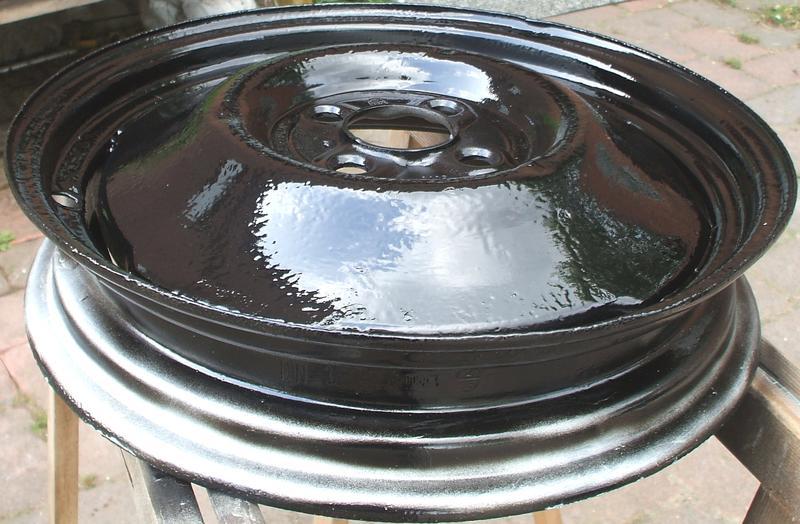 ERLEDIGT Reifen/Felgen 4.50/3.00Dx16 30153371ze