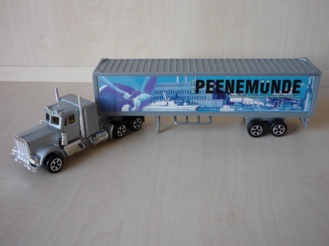 N°604 Kenworth W900 + Semi Container 3020298