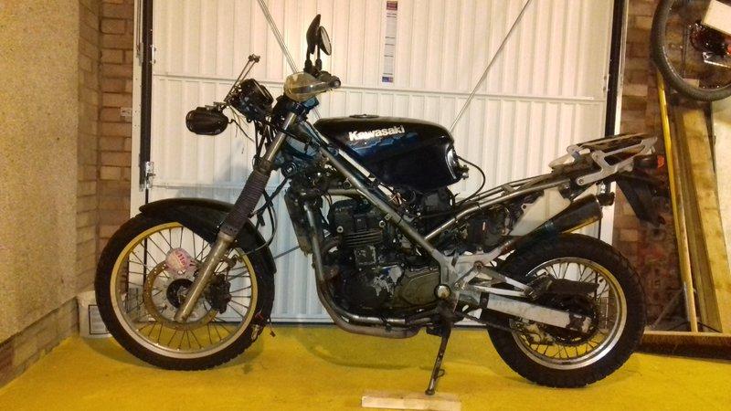 My KLE survival bike project: sneak pics 30241191xa