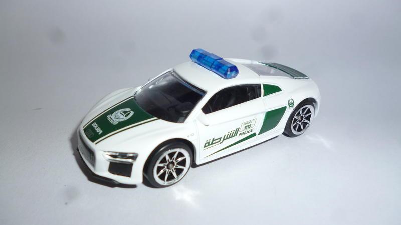 Audi R8 Dubai Police - Swifty's Garage