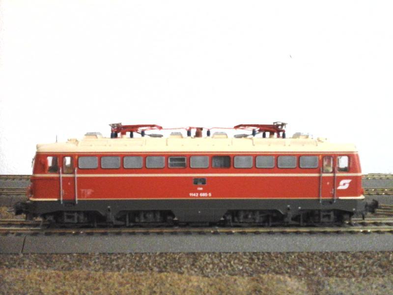 Züge der ÖBB so zwischen etwa 1970 und 1980 30853678ky
