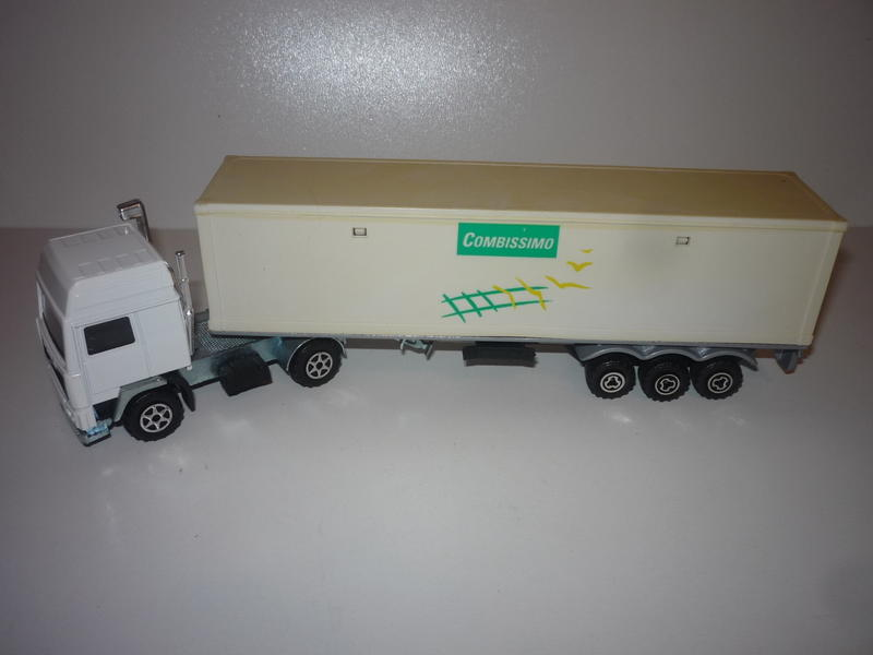 N°3055 Volvo Porte Container. 30900821wx