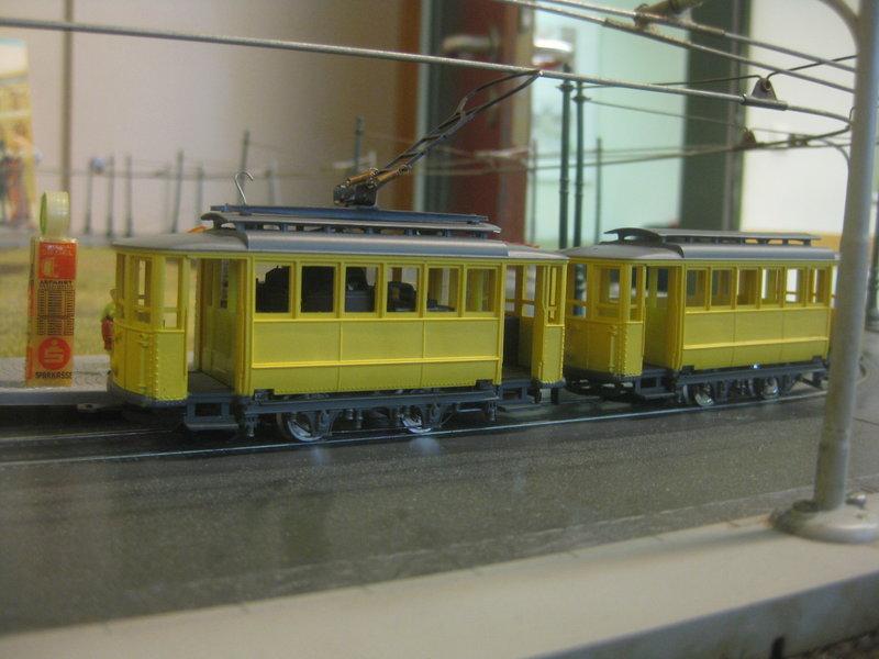 Rivarossi-H0-Straßenbahnanlage 30946513rt