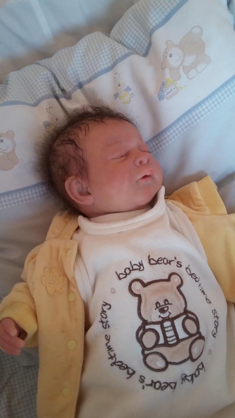 Elias- eine schwere Geburt 31162577zp