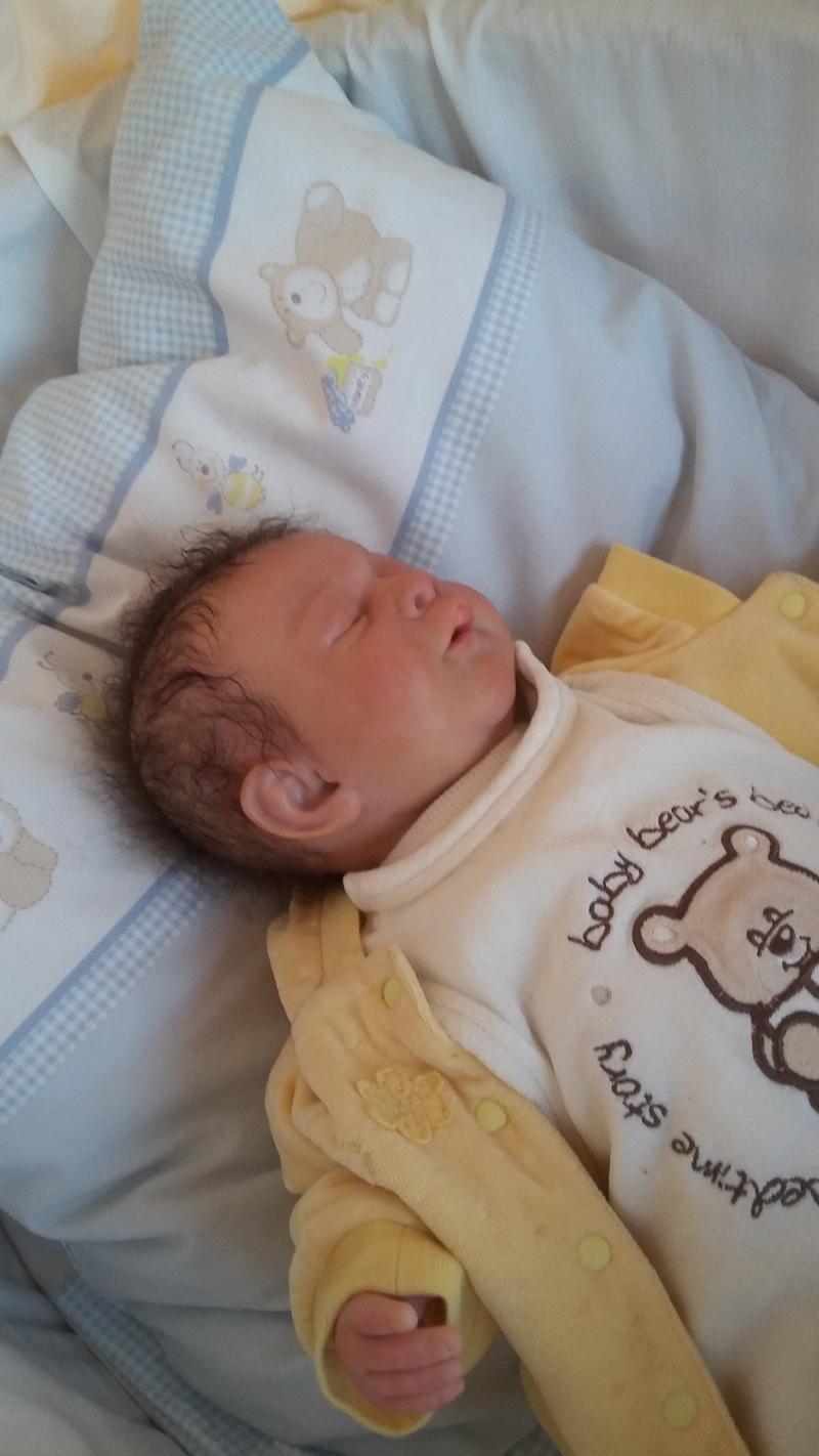 Elias- eine schwere Geburt 31162579po