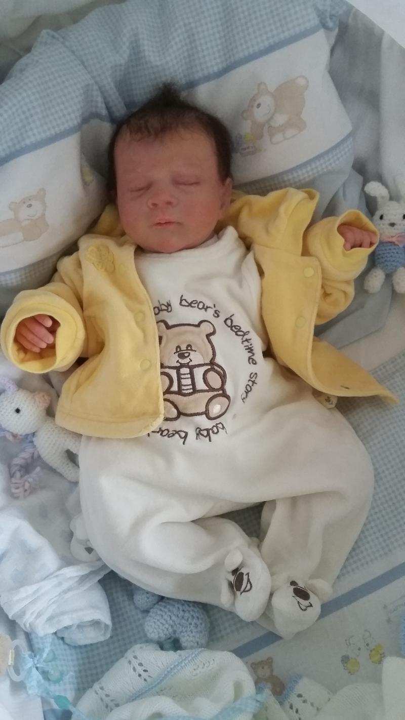 Elias- eine schwere Geburt 31162638uk