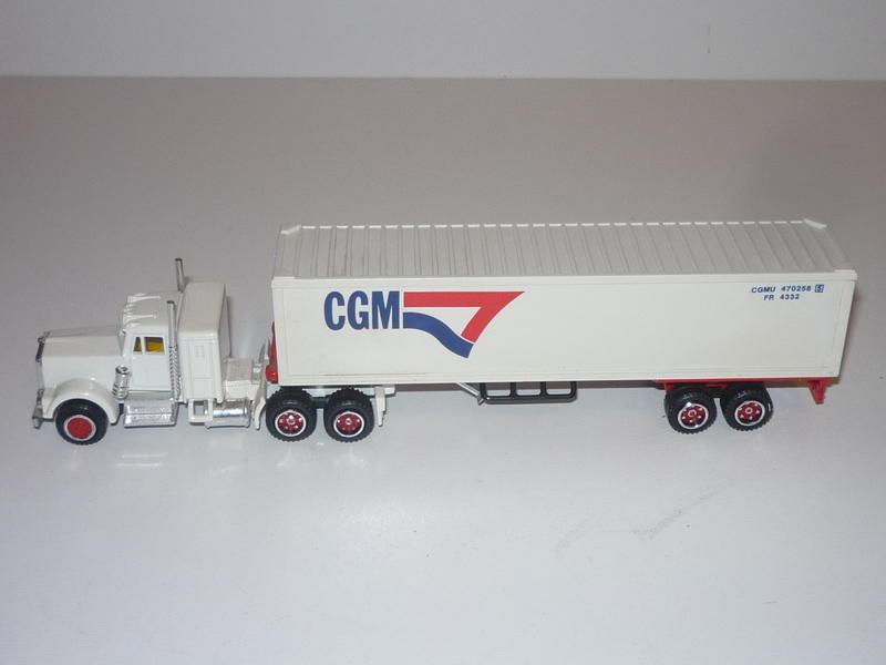 N°604 Kenworth + semi remorque container  ( version lisse ) 31226961uq