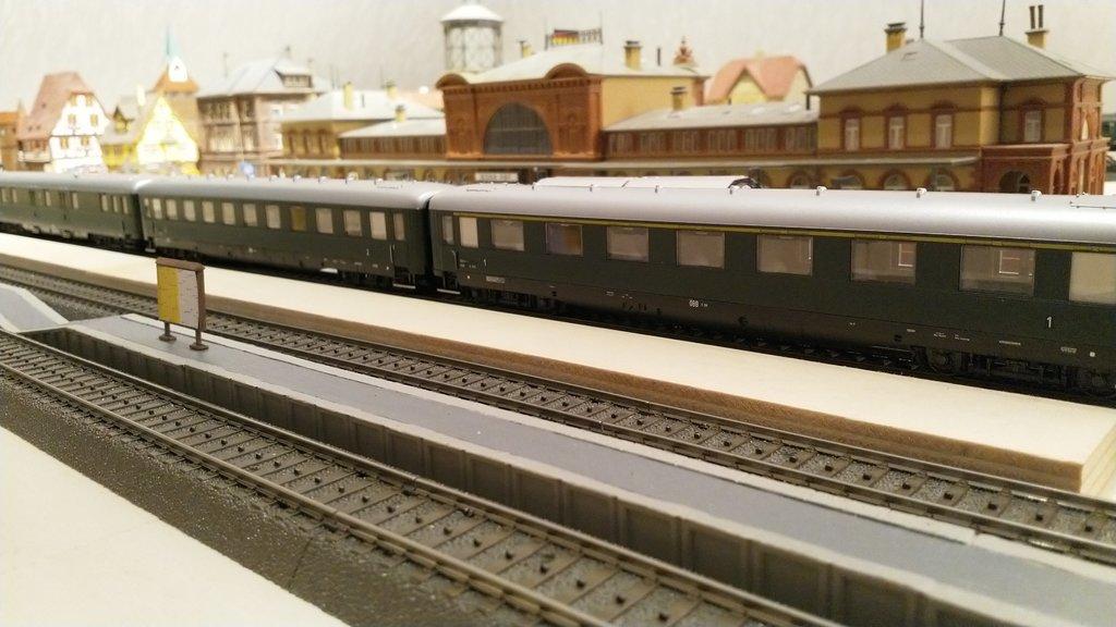 Internationale Schnellzüge in Heinhausen 31264330dp