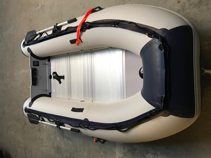 g nstiges kleines schlauchboot boote das. Black Bedroom Furniture Sets. Home Design Ideas