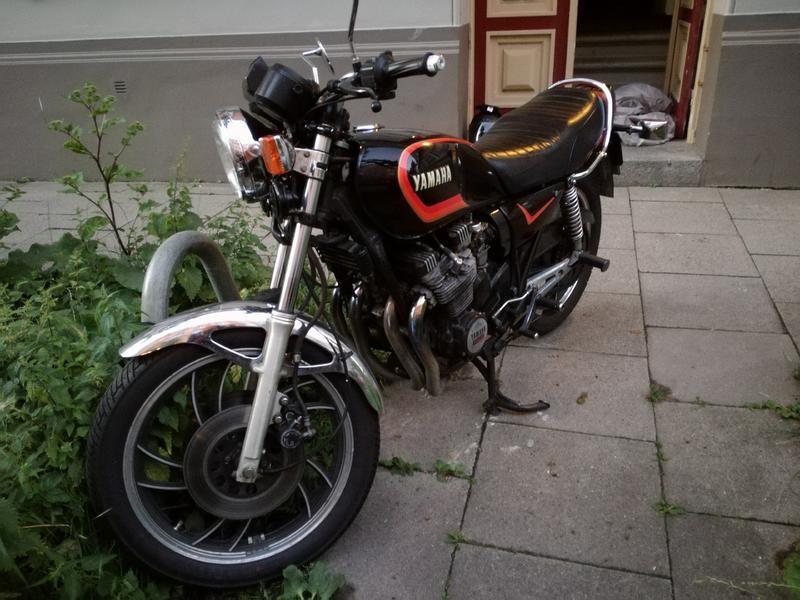 Blinker Yamaha XJ 650 4K0 vorne links *NEU*