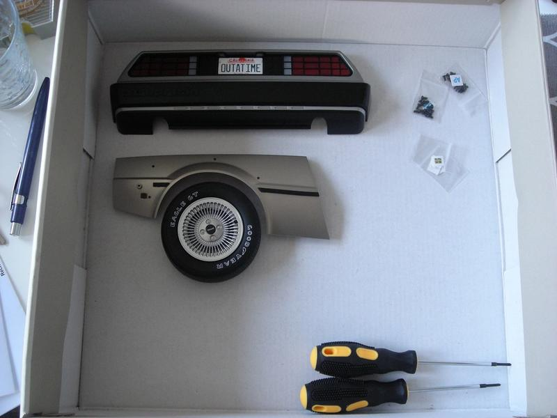 eaglemoss back to the future bau den delorean blu. Black Bedroom Furniture Sets. Home Design Ideas