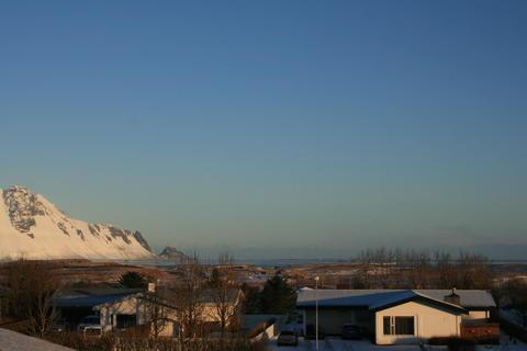 Island min 31860083qz