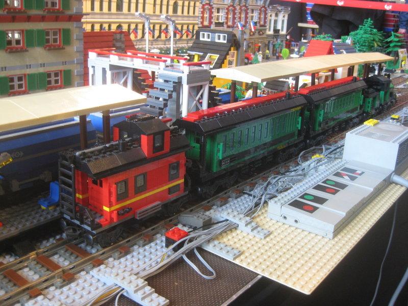 LEGO-Eisenbahn 31944408cc