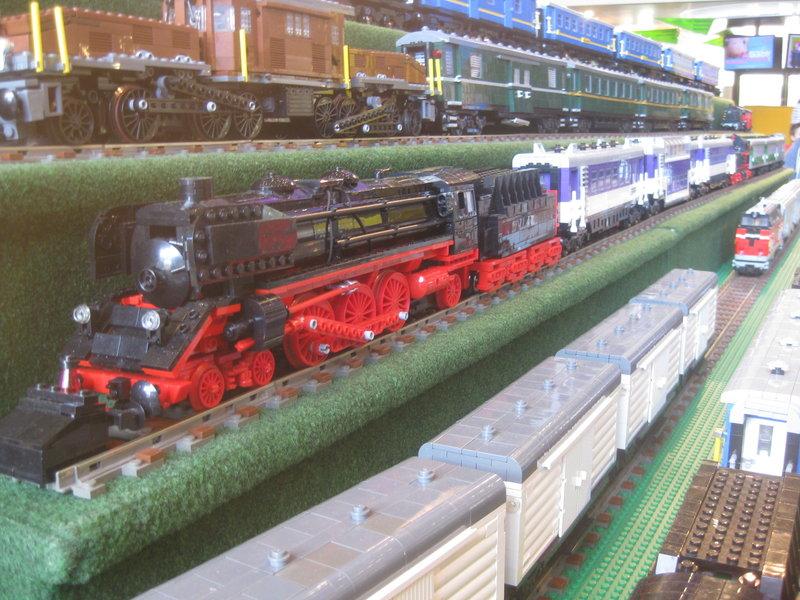 LEGO-Eisenbahn 31944413uv