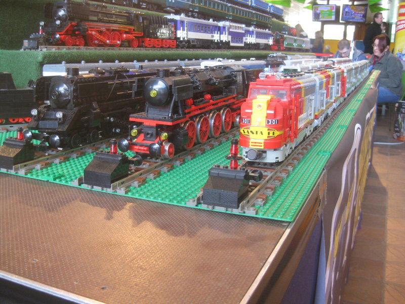 LEGO-Eisenbahn 31944417ua