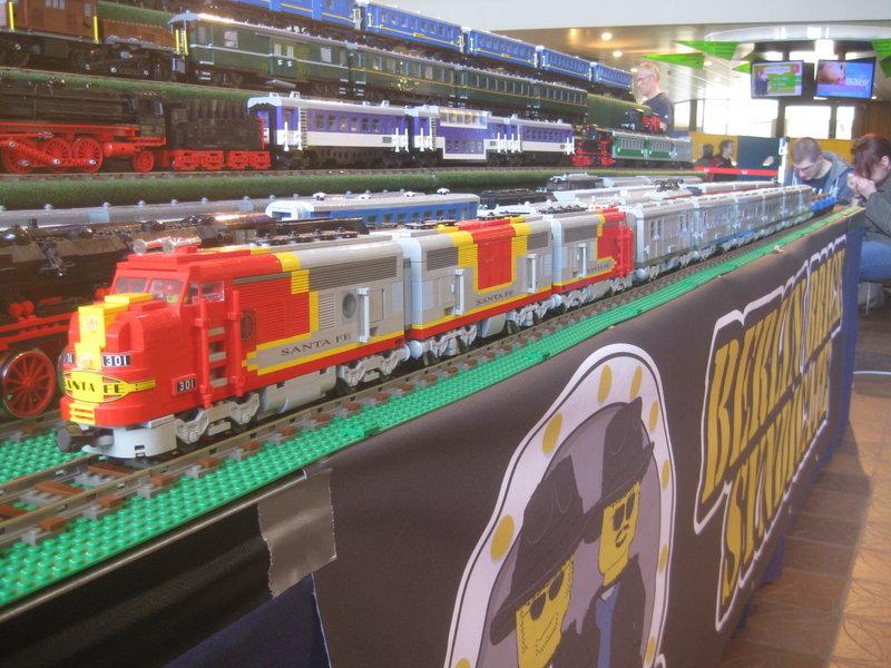 LEGO-Eisenbahn 31944418va