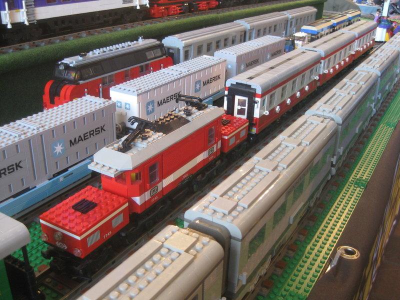 LEGO-Eisenbahn 31944431ck