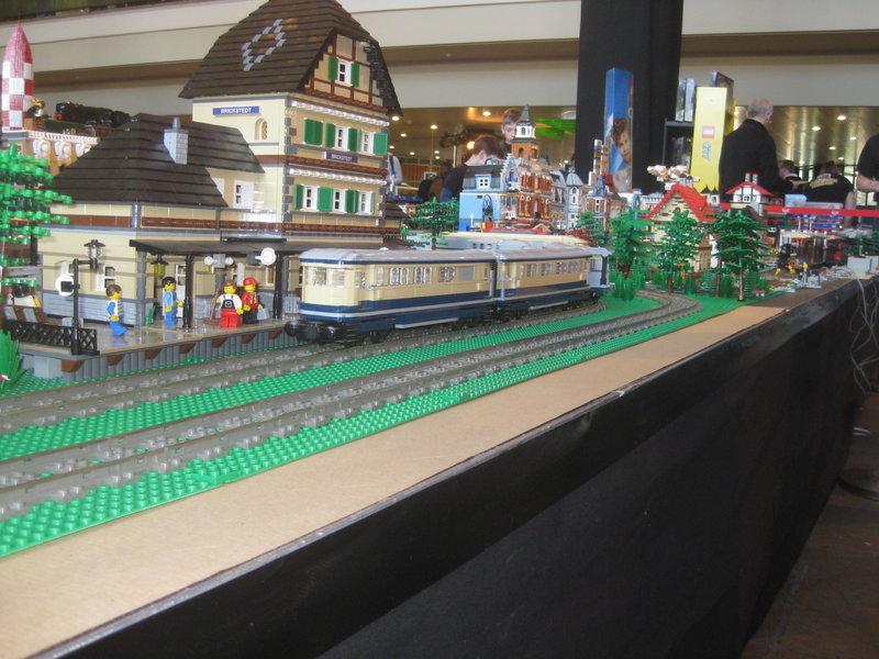 LEGO-Eisenbahn 31944434hr