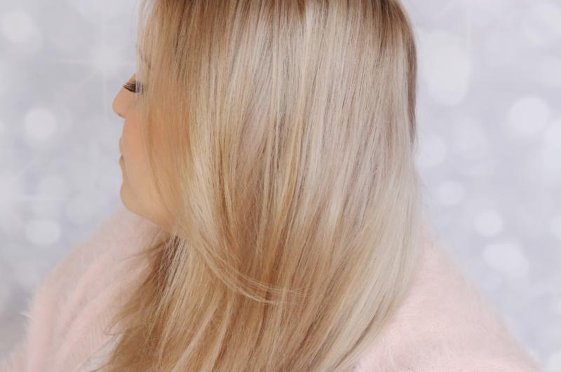 Darunter blonde braun haare mit Schwarz gefärbte