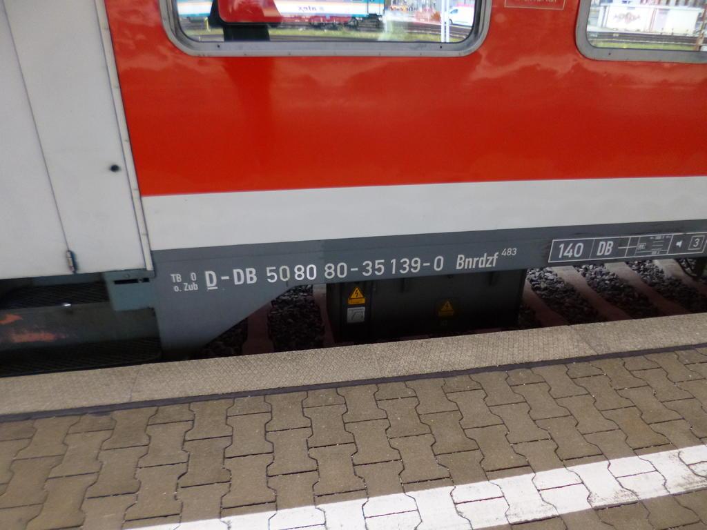 http://up.picr.de/32337413sm.jpg