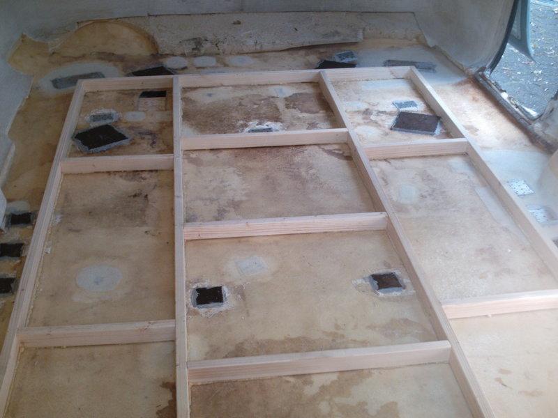 Wohnwagen Fußboden Dämmen ~ Landner innenboden das forum für freunde klassischer wohnwagen