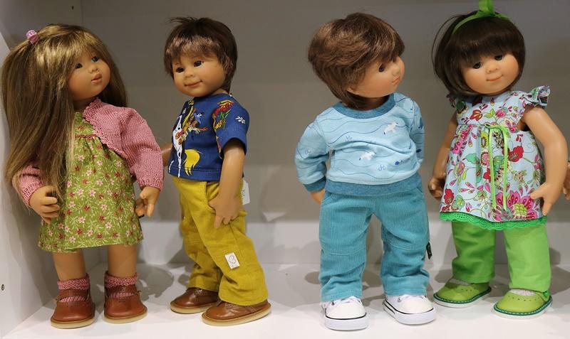 Photos de Wichtel de l'exposition Puppen à Münster / Allemagne 32598888mz