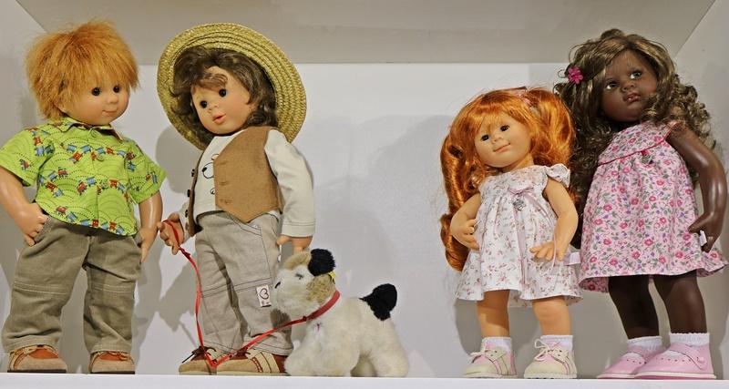 Photos de Wichtel de l'exposition Puppen à Münster / Allemagne 32598901wv