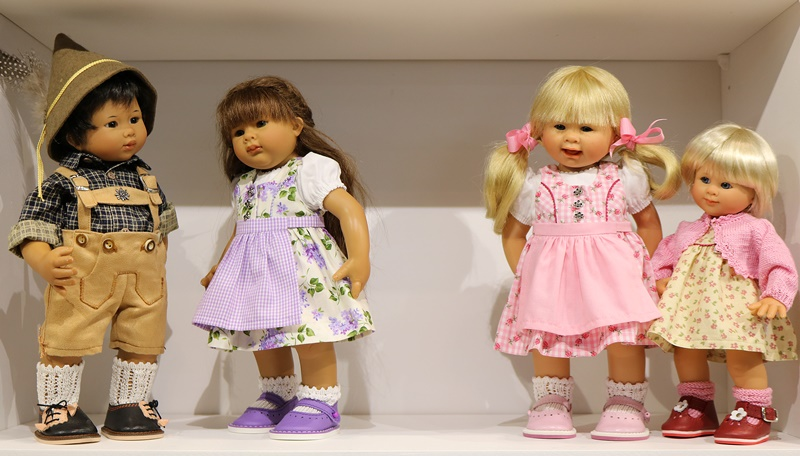 Photos de Wichtel de l'exposition Puppen à Münster / Allemagne 32598902fs