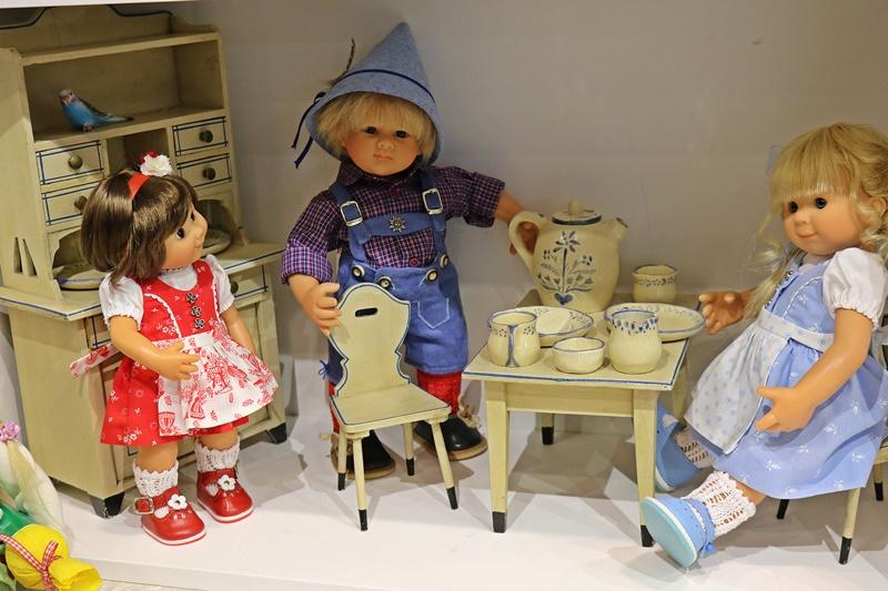 Photos de Wichtel de l'exposition Puppen à Münster / Allemagne 32598907hb
