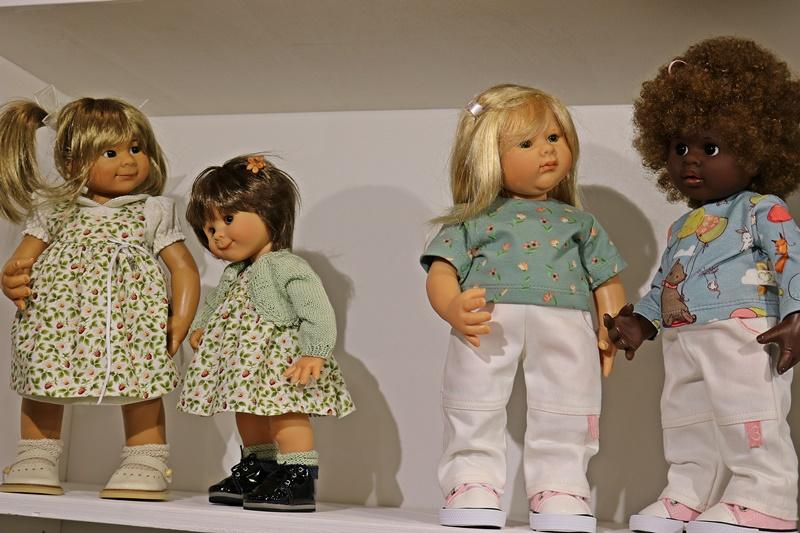 Photos de Wichtel de l'exposition Puppen à Münster / Allemagne 32598911rp