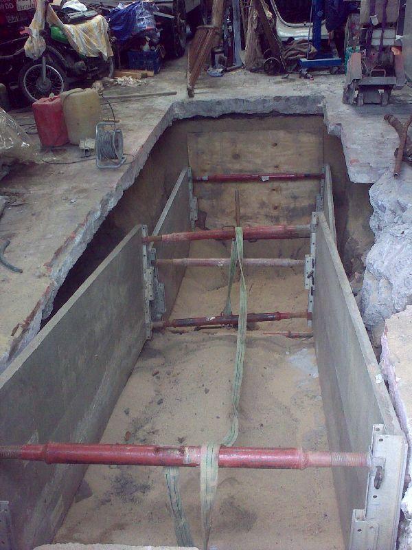 there is a hole in the ground mannschaftsheim milit rfahrzeugforum. Black Bedroom Furniture Sets. Home Design Ideas