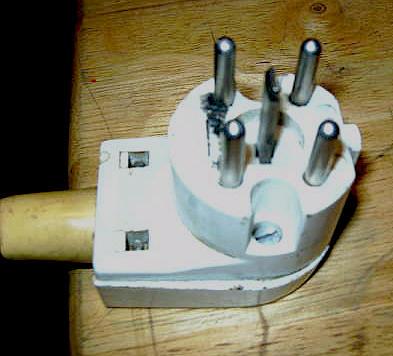 was ist das denn f r ein stecker mazzer m hle. Black Bedroom Furniture Sets. Home Design Ideas