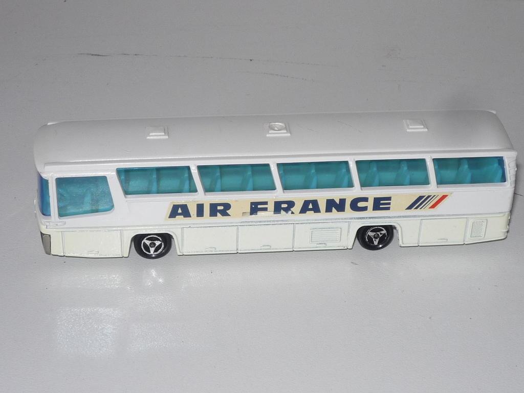 N°373 autocar néoplan 33117862rq
