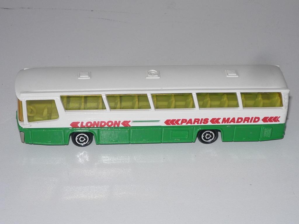 N°373 autocar néoplan 33117867vr