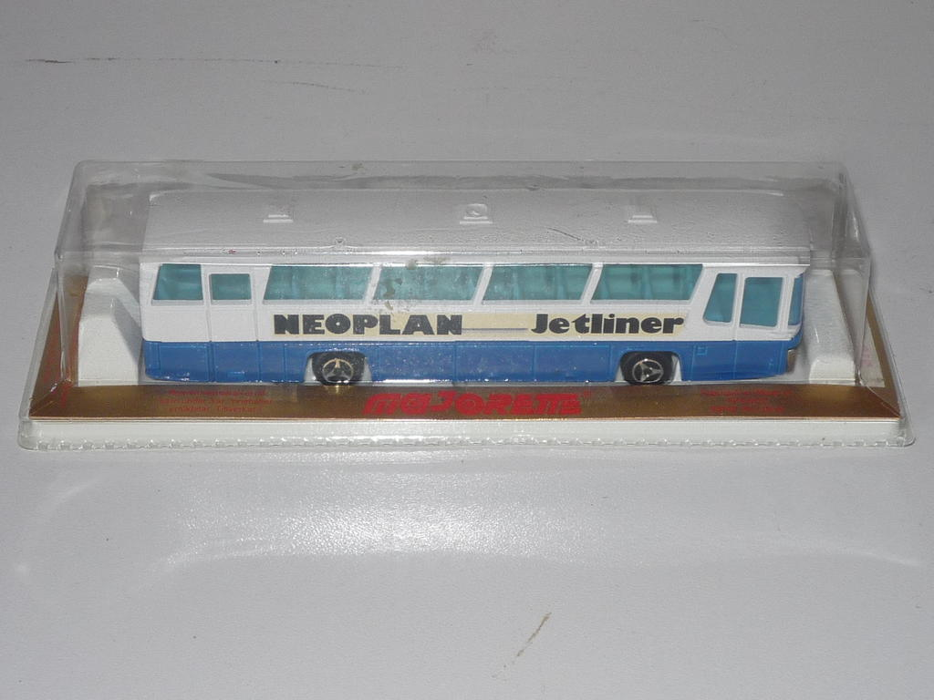 N°373 autocar néoplan 33118074kp