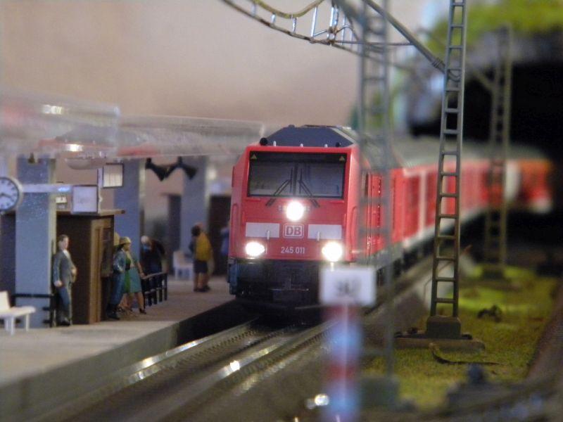 Piko Personenzugset der SüdOstBayernbahn SOB 33232960hk