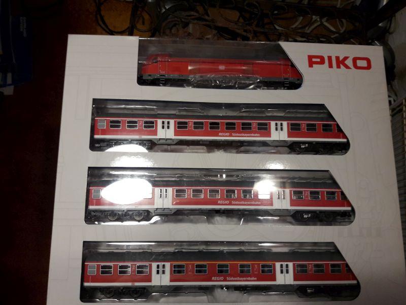 Piko Personenzugset der SüdOstBayernbahn SOB 33233020rz