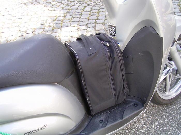 Bremsbeläge Honda SH 300 i  Bj 2009 hinten